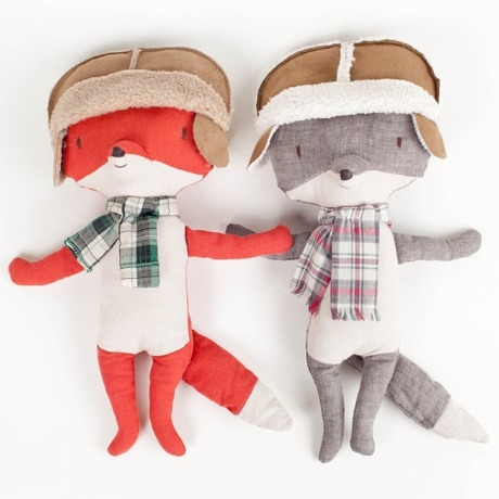 XMAS GIFT IDEAS: We love these Friendly Foxes from Poketo at $40. They've got loads of lovely gift ideas for adults and kids too.