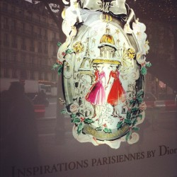 Inspirations Parisiennes by Dior. #chrismas #noel #paris #dior #fashion