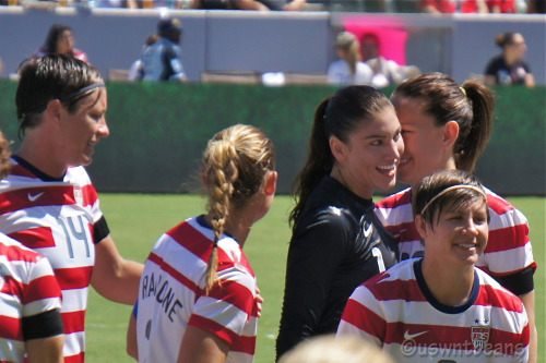 uswntbeans:  whispers and smiles   The things going through my mind right now.
