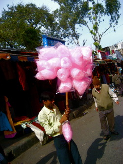 Food in the Streets - Cotton Candy, Corn, Cake, Coco, Cantelope and Cured MeatEvery country sells food on the street in their own way.  Sometimes you may even stumble upon a…View Postshared via WordPress.com