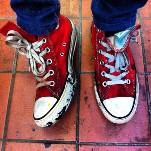 missmeaney:  My print room shoes in full swing! #print #converses #paint #red #shoes #instashoes #art #messy