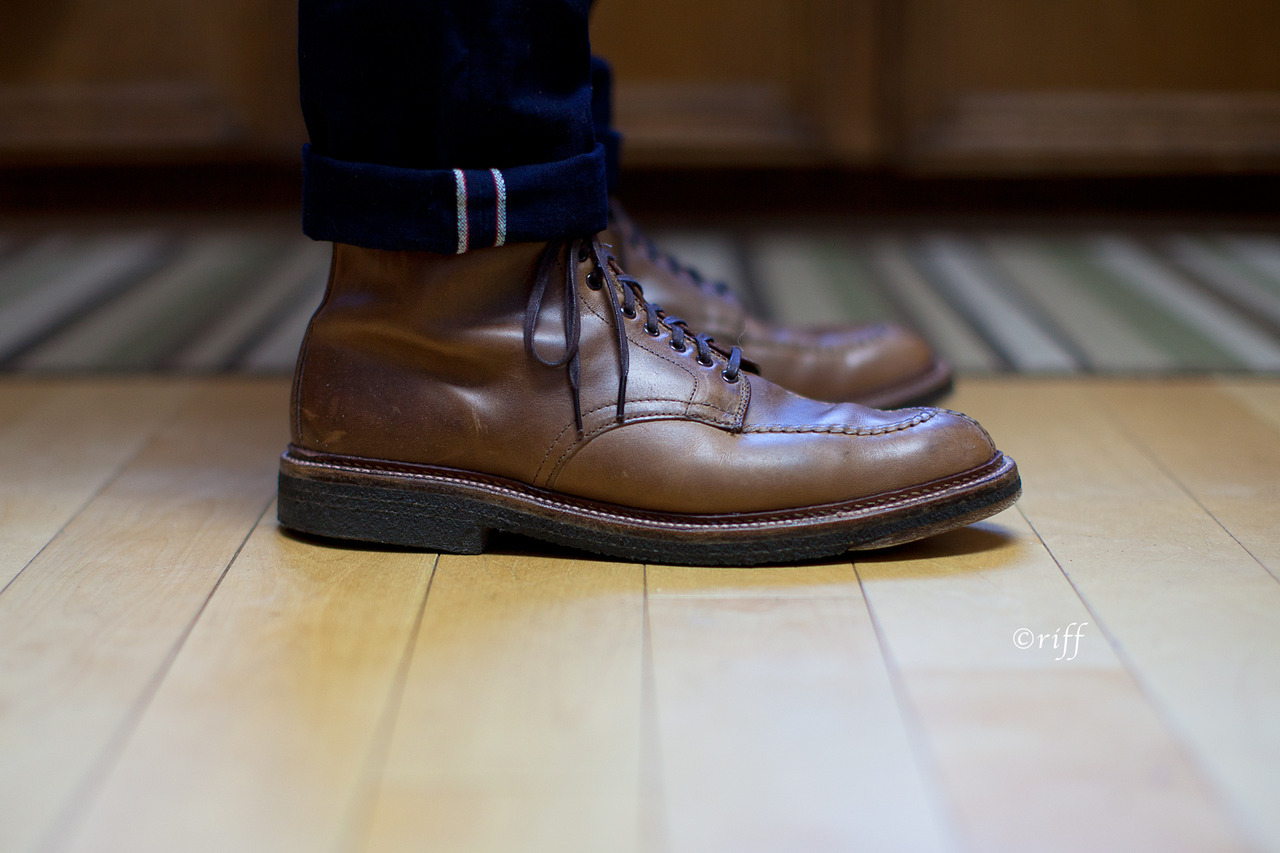 "49thparallelblues:  Alden natural chromexcel ""Stompers"", paired with Rogue Territory RK ISC..   Want."
