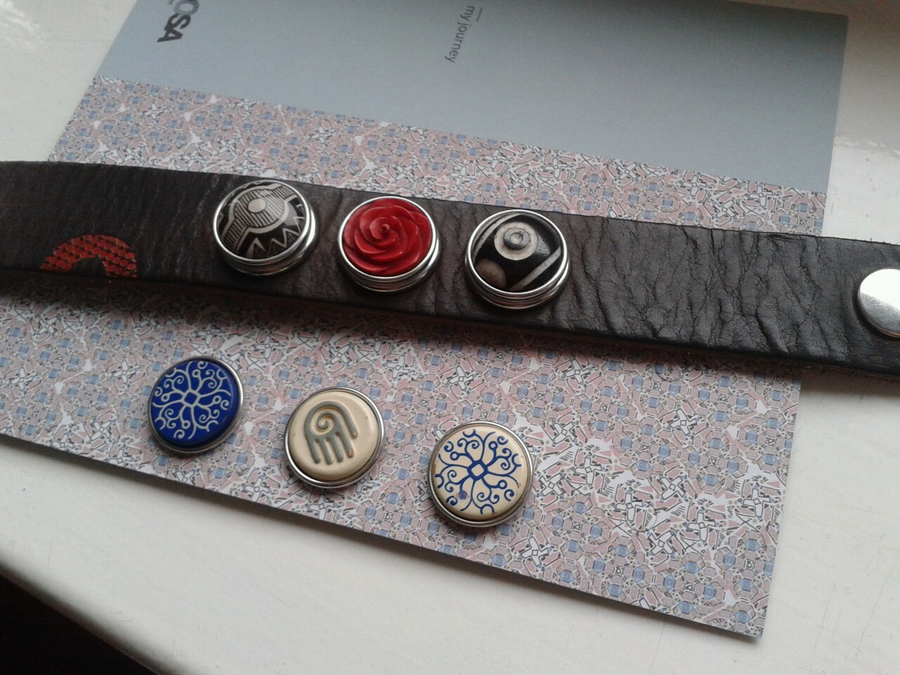 bought some new NOOSA bracelet buttons !