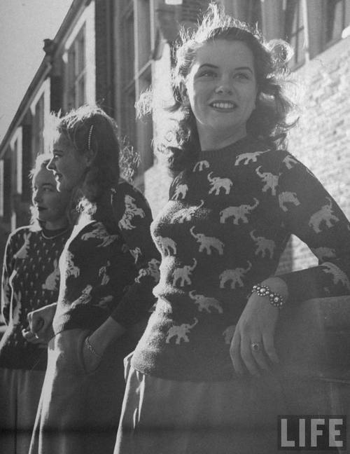 1940s Novelty Sweaters