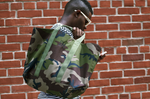 Love this shot via Guerreisms of the L.L.Bean Hunter's Tote in Camo.