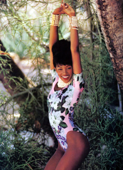 Naomi by Patrick Demarchelier, 1992 LuLu Frost Throwback! Fab fab!