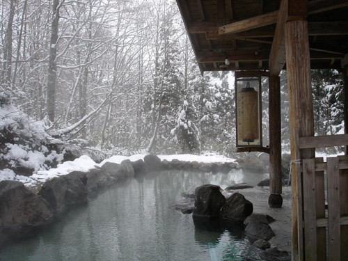 kurai-tokyo:  Japan spa with snow by world planet on Flickr.