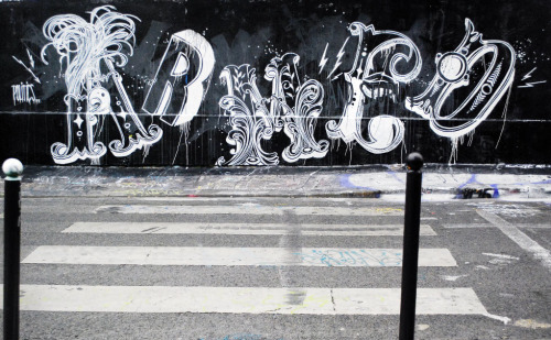 Typeverything.com Armed by monsieur Qui. (via @Raid71)