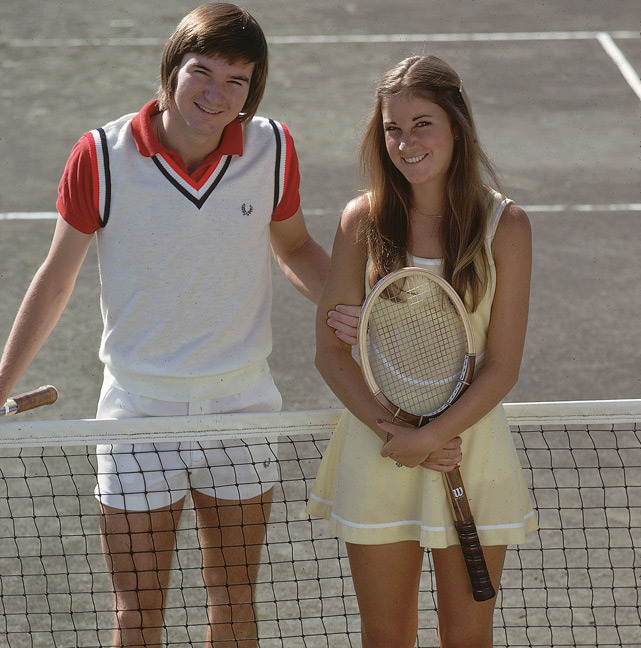 Jimmy Connors and Chris Evert pose together in Feb. 1974. (Tony Triolo/SI) SI VAULT: Connors, Evert back to holding hands (4.14.75)