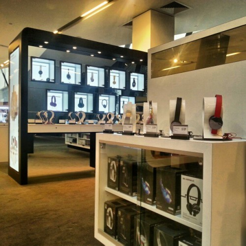 New headphone concept shop, now open at #myermelbourne #Myer #Melbourne @myer_mystore :)  (at Myer)