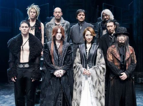 "SUGIZO, Mizu Natsuki and the ""7 DOORS ~青ひげ公の城~"" play crew."