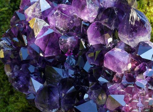 amethyst quartz crystals amethyst cluster crystal cluster healing crystals minerals