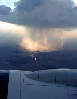 maroon-moon:  Ever wonder what rain looked like from an airplane?