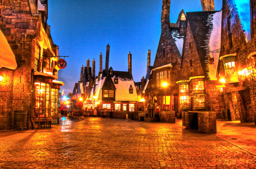 kikker79:  Hogsmeade Remix by Hamilton! on Flickr.