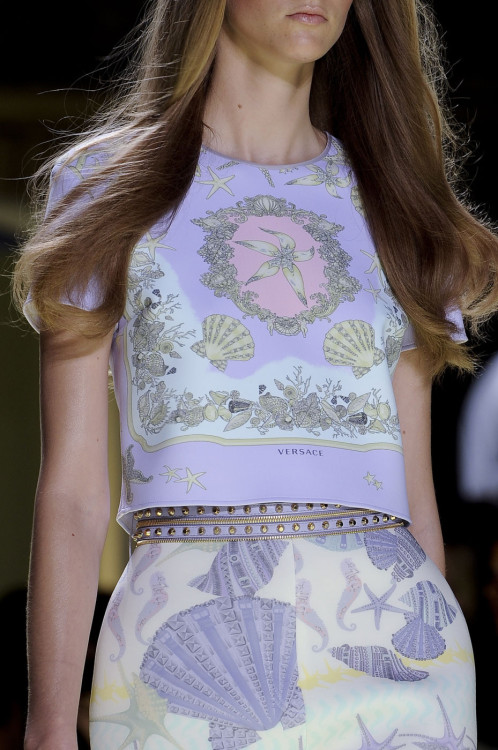 girlannachronism:      Versace spring 2012 ready-to-wear details