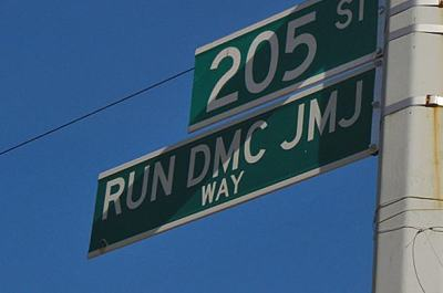 soulbrotherv2:  Run-DMC JMJ way.  I bet this is a happening street.