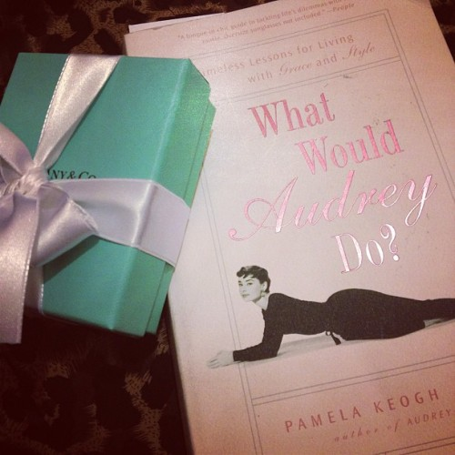 What Would Audrey Do? That little blue box is what Audrey would do! Heehee @TiffanyAndCo
