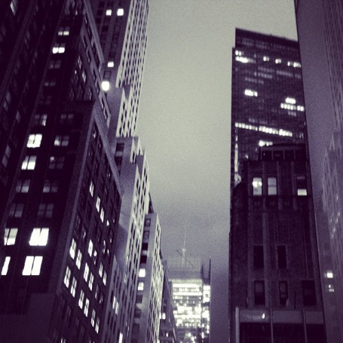 #nyc #newyorkcity #bwphotos #blackandwhite #buildings #skyskrapers