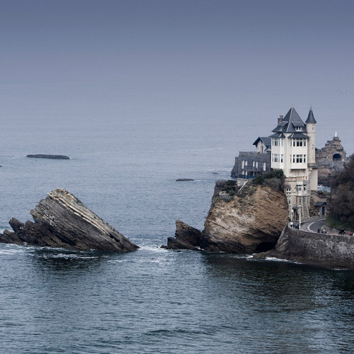 lovelyydarkanddeep:  Biarritz - Basque, France by © Julio López Saguar