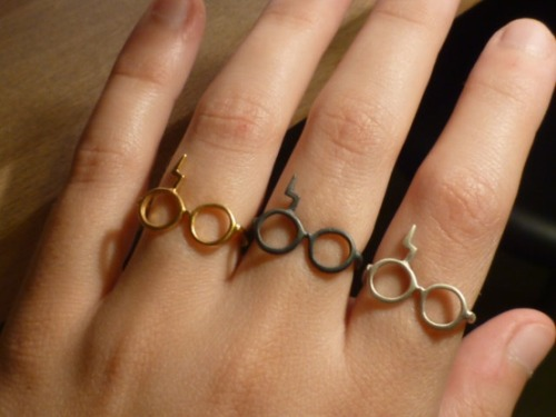 WHAT?! amandaonwriting:  Harry Potter rings