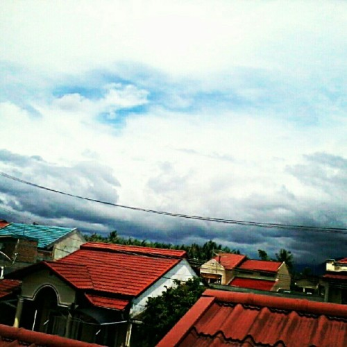 Before Storm #webstagram #instagram #igers #instamood #iphonesia #iphoneonly #indonesia #instagramhub #instagood #photography #photooftheday #tweegram #all_shot #jj #landscape #nature #clubsocial #likeforlike #like4like