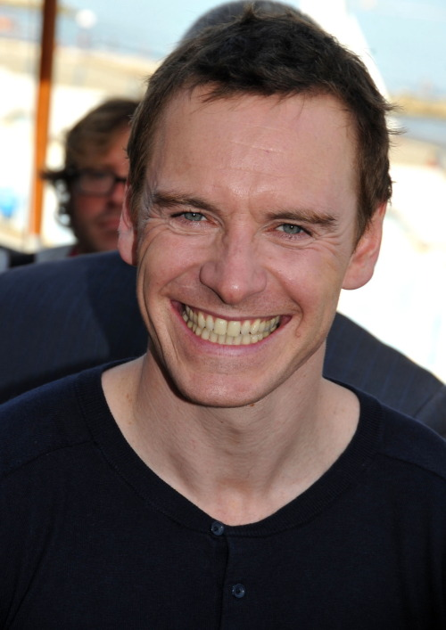 Michael Fassbender is the only person I've ever seen that smiles to make sure you can see every single part of every single tooth in his mouth.
