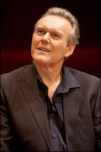 Anthony Head as Flan Kittredge in the 2010 production of Six Degrees Of Separation