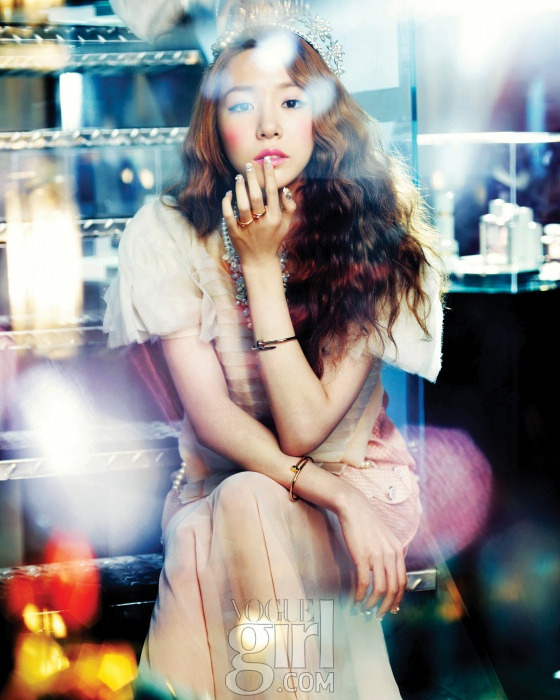 koreanmodel:    SNSD by Hong Jang Hyun for Vogue Girl Korea June 2012
