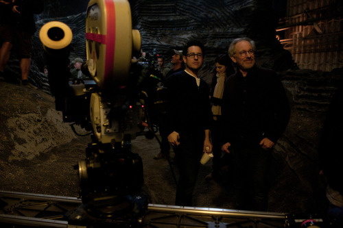 fuckyeahdirectors:  JJ Abrams and Steven Spielberg on-set of Super 8 (2010)