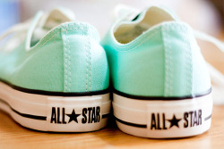 shoeeeslove:  ALL STAR