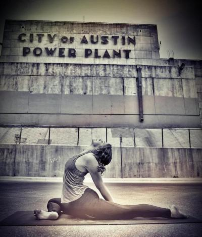 blackswanyoga:  Austin, Texas  Yoga Thursday