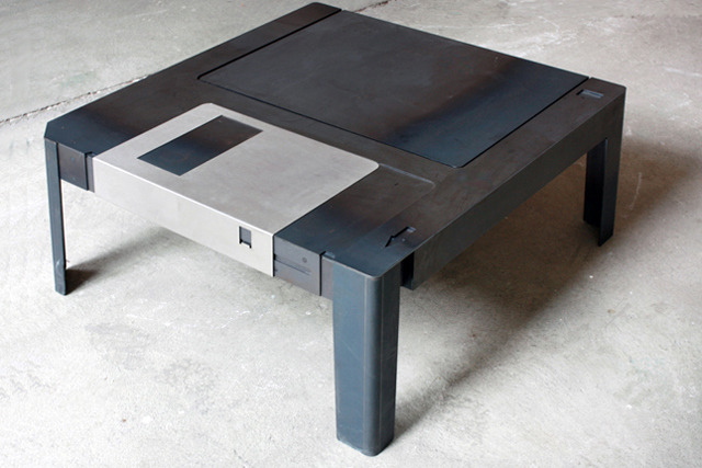 Floppy Table, A Wonderfully Designed 3.5″ Floppy Disk Coffee Table
