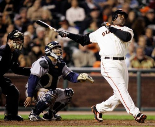 Bonds, Clemens, Sosa on baseball Hall of Fame ballot for 1st time AP:  Barry Bonds, Roger Clemens and Sammy Sosa are listed on the baseball Hall of Fame ballot for the first time, setting up an election sure to become a referendum on the Steroids Era. The 37-player ballot was announced Wednesday.  Photo: In this Aug. 24, 2007 file photo, San Francisco Giants' Barry Bonds, right, hits his 761st career home run. (Marcio Jose Sanchez / AP)