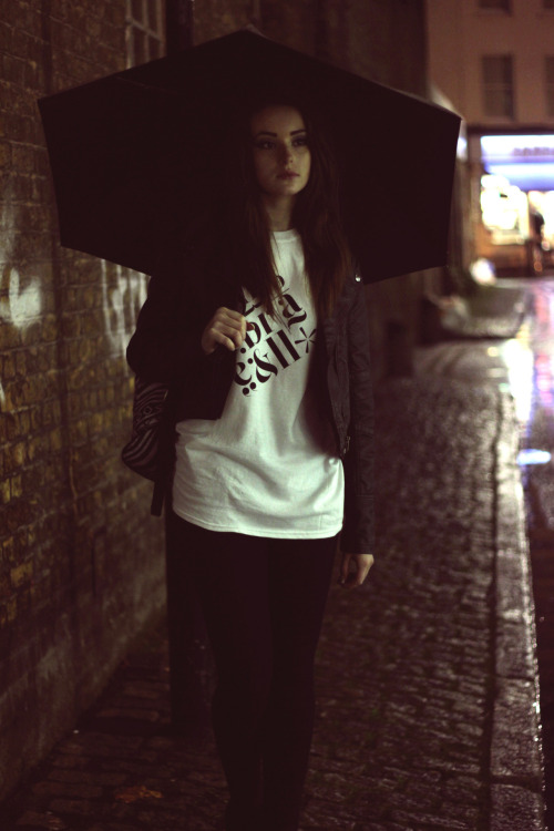 umbrellacustom:  Meditative elements tee: Only £12  Model: nattjan.tumblr.com in Brick Lane
