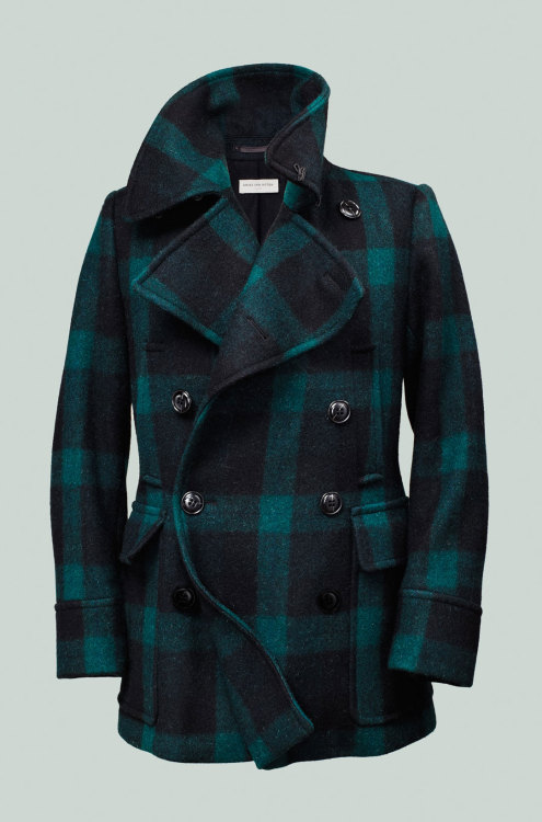 Details Editors' Pick: The Plaid Peacoat