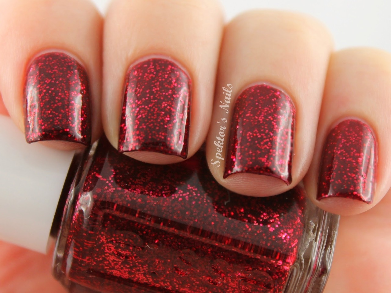 spektorsnails:  Essie Winter 2012 - Leading Lady