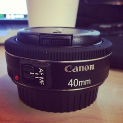 grenadelauncher:  New toy. Gotta love Black Friday sales. #canon #photography