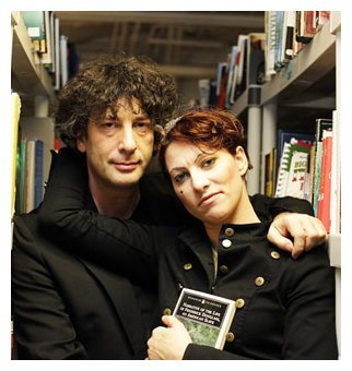Neil Gaiman and Amanda Palmer help Dorchester art space project http://www.bostonglobe.com/lifestyle/names/2012/11/27/neil-gaiman-and-amanda-palmer-help-dorchester-art-space-project/URsBDIZAkks3PZ4sMLrMoI/story.html