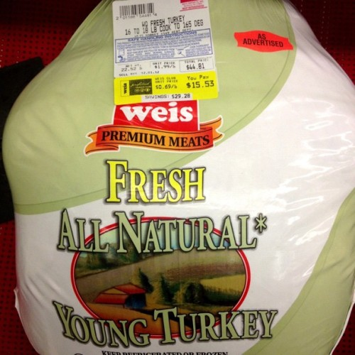 Food #deal of the day. Snagged a #Turkey for $15 bucks. HEEHAW #foodies #foodspotting #iphoneography  (at Weis Markets)