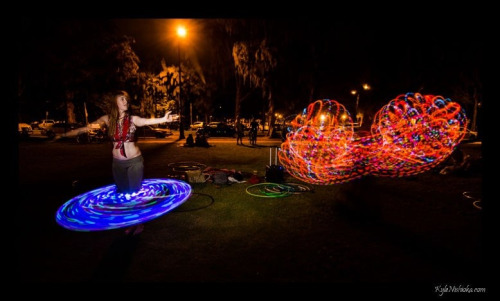 Sirkka Aho and Allison Rae getting their LEDs on at Waikiki Circus Jam. Photo credit: Kyle Nishioka