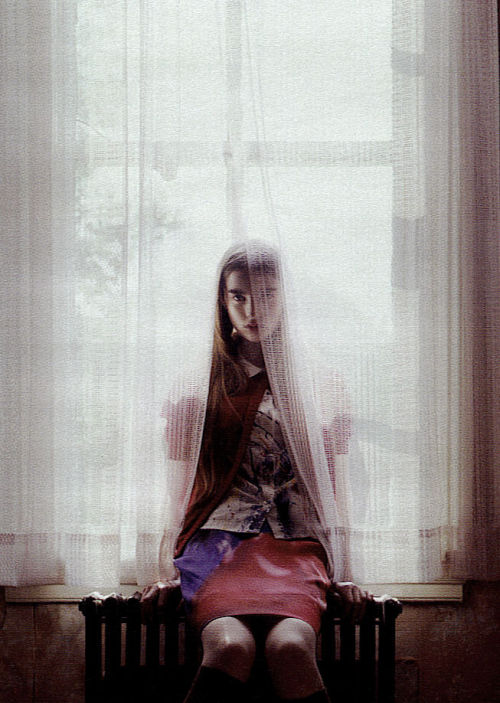 voguelovesme:  Ali Michael by Mario Sorrenti, W September 2007