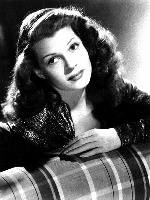 tinseltownmyway:  The Tale of Manhattan 1941 Rita Hayworth