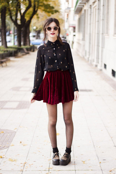 lookbookdotnu:  Crosses & velvet (by Clara Martín)