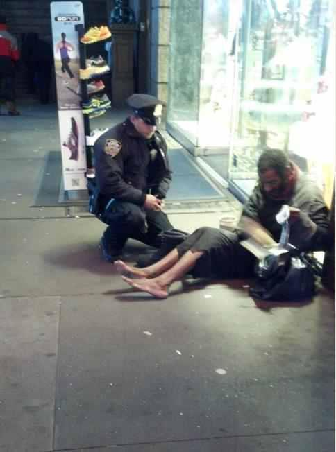 This NYC cop saw a homeless man outside of the shoe store, knowing the weather was cold and getting worse he went inside to buy a pair of boots for the man.This cop deserves some respect
