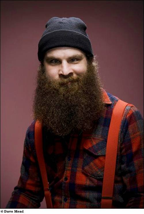 beardsandmustachescrew:  Hahaha that face is priceless!!! Lumberjack status! www.beardsandmustachescrew.tumblr.com