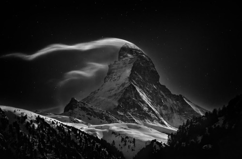 National Geographic Photo Contest 2012, Part II  The Matterhorn, 4478 m, at full moon.