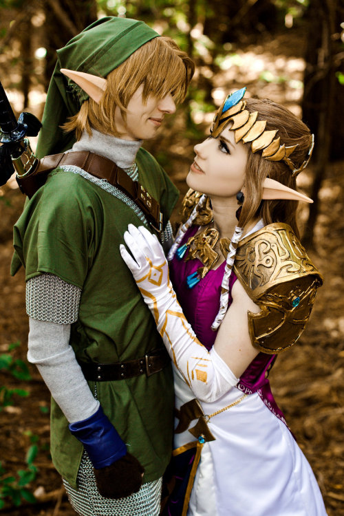 theelitegeek:  Perfect Legend of Zelda cosplay is PERFECT