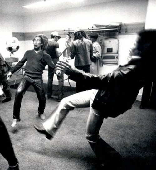 twiztedtreez:  Jimmy Hendrix & Bob Marley vollying a soccer ball by far most epic.