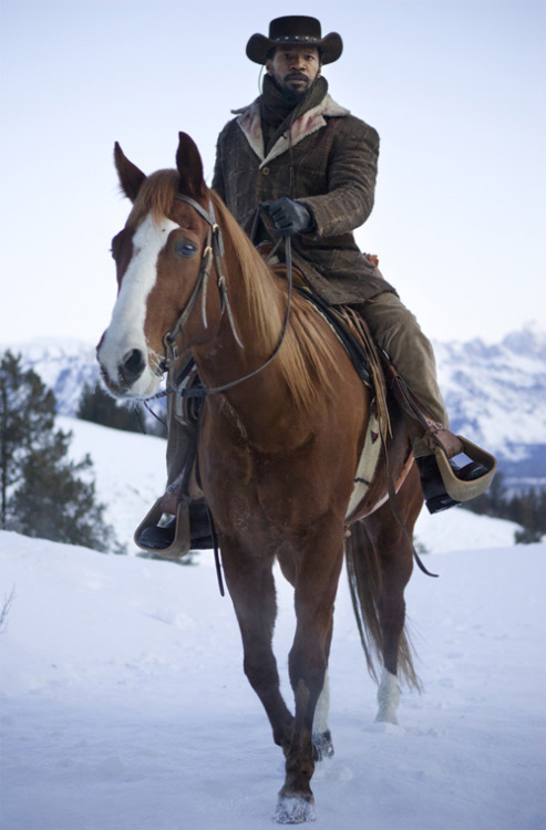 Final Django Unchained trailer brings the action: watch now Django Unchained has released a final full-length trailer online, in which Quentin Tarantino shows off plenty of the film's gun-slinging action…