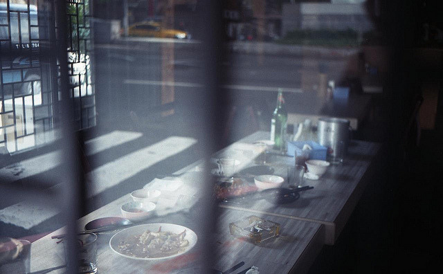 Through the window of the restaurant on Flickr.Olympus Trip 35, Agfa Vista 400